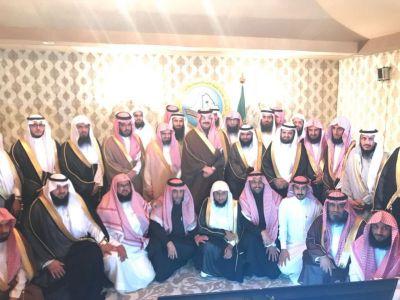 نائب أمير منطقة عسير يزور هيئة الأمر بالمعروف ويطلع على مناشطها