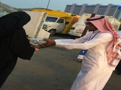 بالصور .. فريق لأجلك أتينا التطوعي ينفذ برامجة اليومية في شهر رمضان المبارك