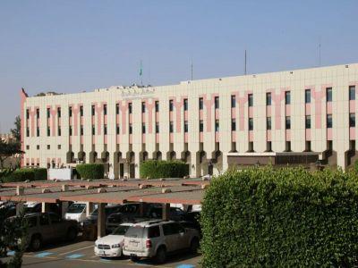 مستشفى عسير المركزي يحصل على شهادة اعتماد المركز السعودي لإعتماد المنشآت الصحية  CBAHI