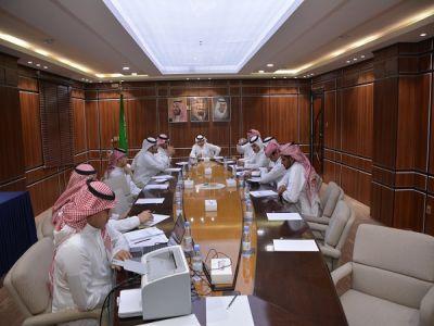 لجنة ريادة الاعمال بغرفة أبها تعقد اجتماعها الرابع