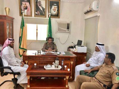 رئيس بلدي بارق و نائبه في زيارة للدفاع المدني لتحديد النقاط الحرجة