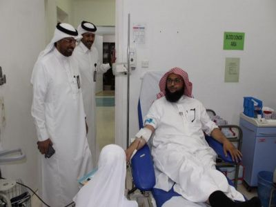 جامعة الملك خالد تنظم حملة للتبرع بالدم للمرابطين بالحد الجنوبي