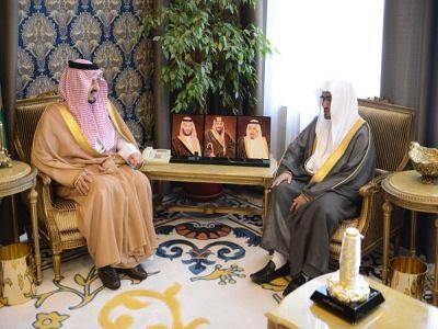 أمير عسير يستقبل الشيخ المغامسي
