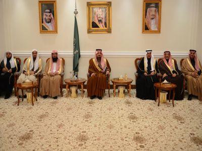 أمير عسير  يلتقي أصحاب المعالي والفضيلة ومديري الإدارات الحكومية ومنسوبي التعليم بالمنطقة