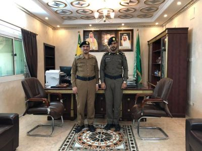 مدير الدفاع المدني بـ #تنومة يقلد الشهري رتبته الجديدة