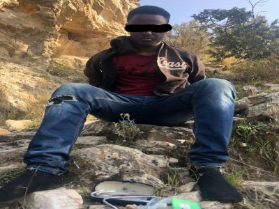 مروج من مجهولي الهوية في قبضة شرطة #تنومة