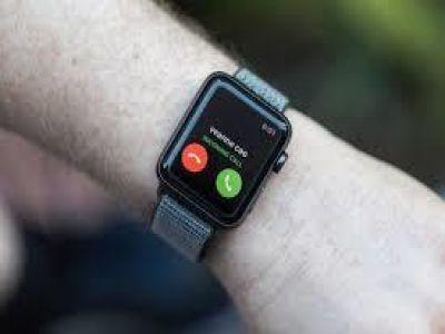 دراسة: ساعة أبل تسهم في رصد مشاكل خطيرة في القلب