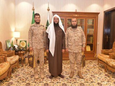 """الشؤون الدينية للقوات المسلحة بالمنطقة الجنوبية في زيارة """"بر أبها"""""""