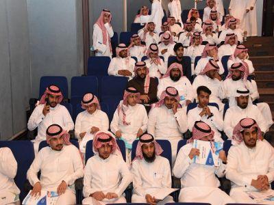 قبول 300 شاباً وشابة من عسير للتوظف في 50 مؤسسة طبية