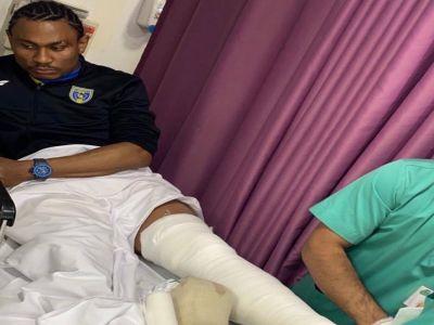 إصابة الكاميروني تاوامبا بكسر و #النصر يتكفل بعلاجه