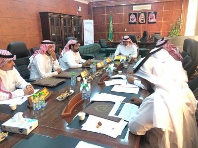 بلدي بارق يعقد جلسته الـ٥٣ و يطلع على ميزانية البلدية