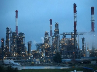 قلة الطلب بسبب شبح فيروس الصين يدفع النفط للهبوط 2%