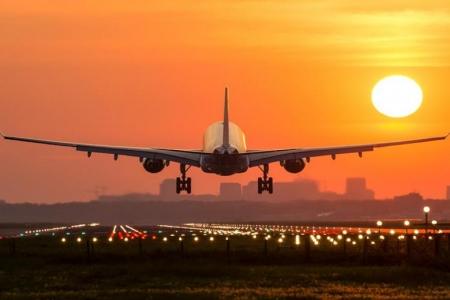 هيئة الطيران المدني تُلزم الناقلات الجوّية بدفع تعويضات للمسافرين