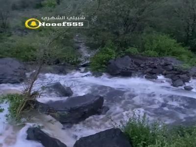 من تهامة .. شلالات وسيول / تصوير شبيلي الشهري